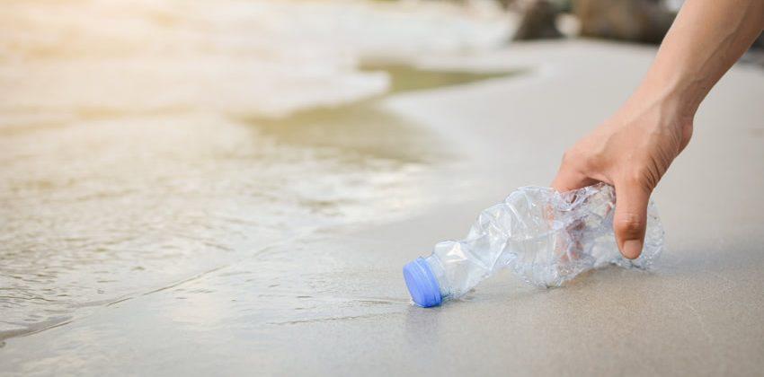 Frenar llegada de plásticos al mar